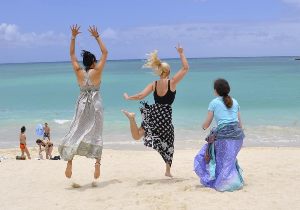 KailuaBeach_girls3