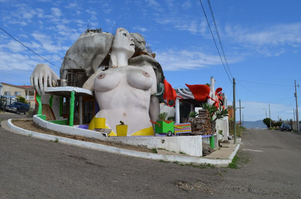 This funky sculpture is the actual home of two artists!