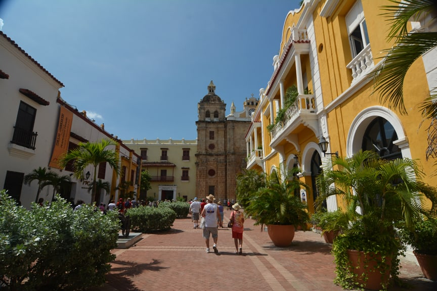 3Cartagena_iglesia de san pedro claver_patti-morrow_luggageandlipstick.com