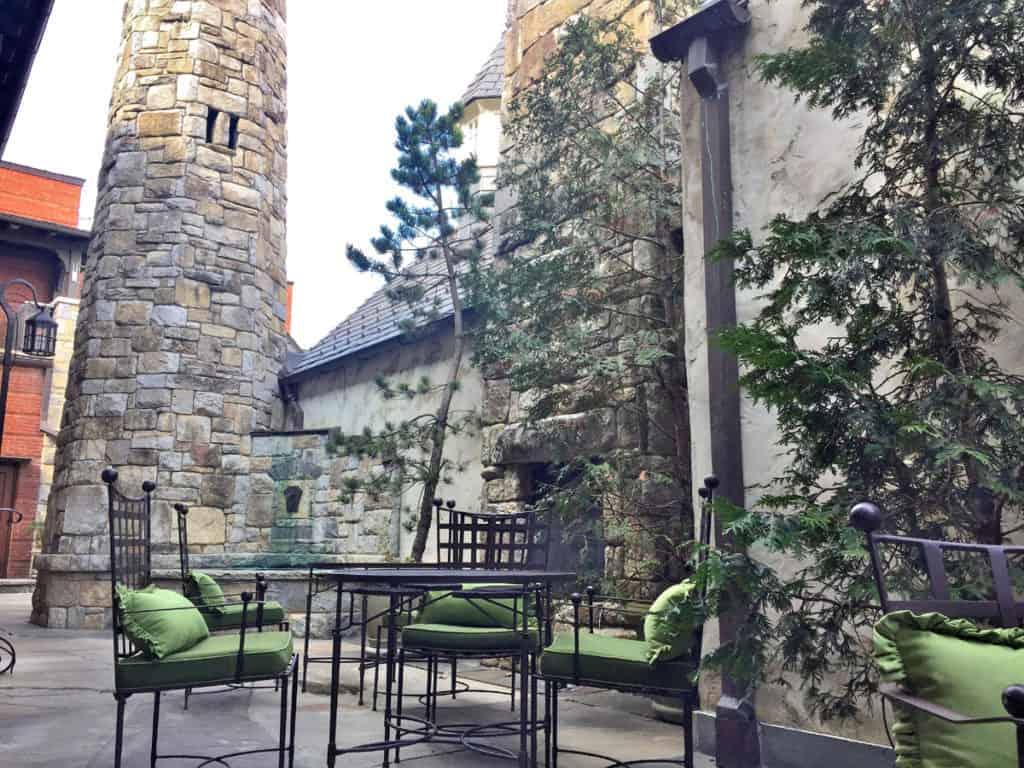spa at old edwards inn