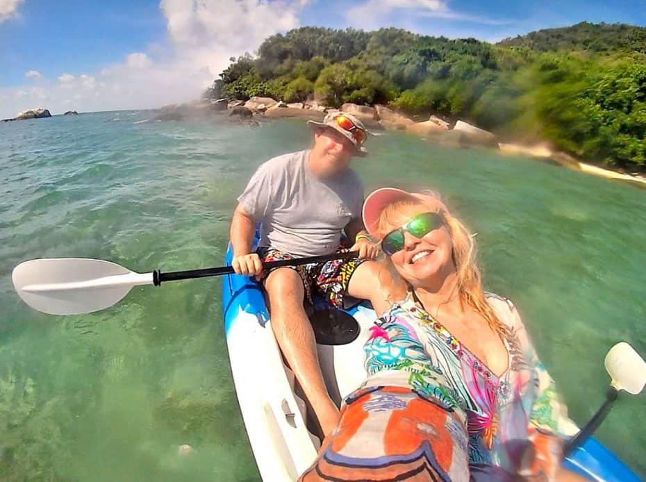 kayaking fitzroy island