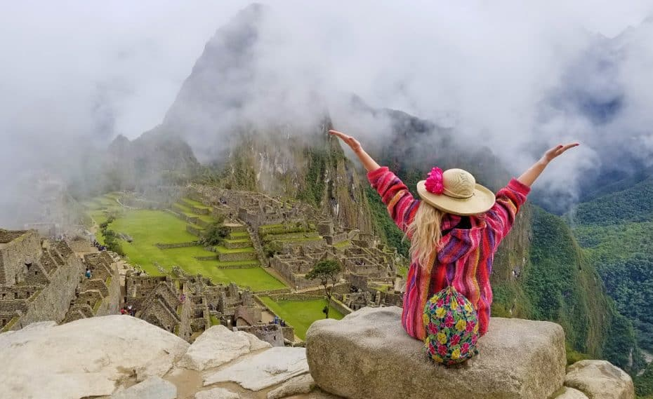 quirky female travel gifts