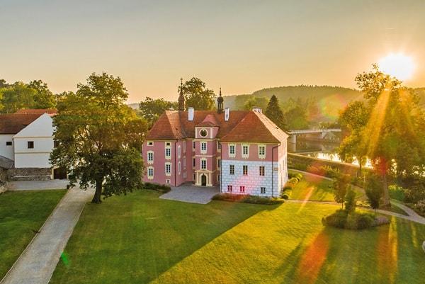 Chateau Mitrowicz